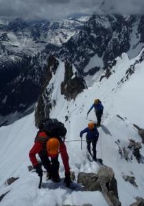 Moving-Together-on-a-PD-Alpine-Ridge_medium